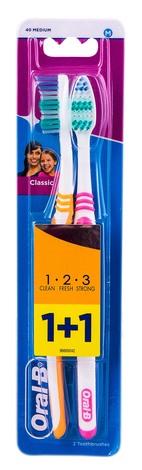Oral-B Classic Зубна щітка середньої жорсткості 2 шт
